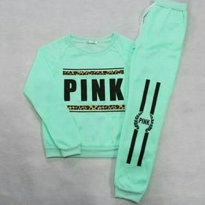 VS Pink Sweat Seat